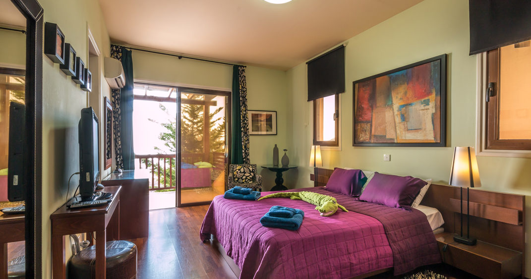 luxurious bedroom in Holiday villas